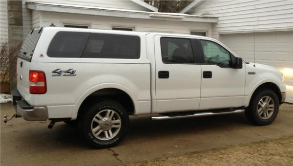 on 2004 Ford F 150 White